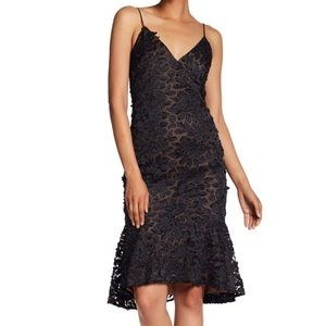 Vera Wang Ruffle Lace floral appliqué slip dress